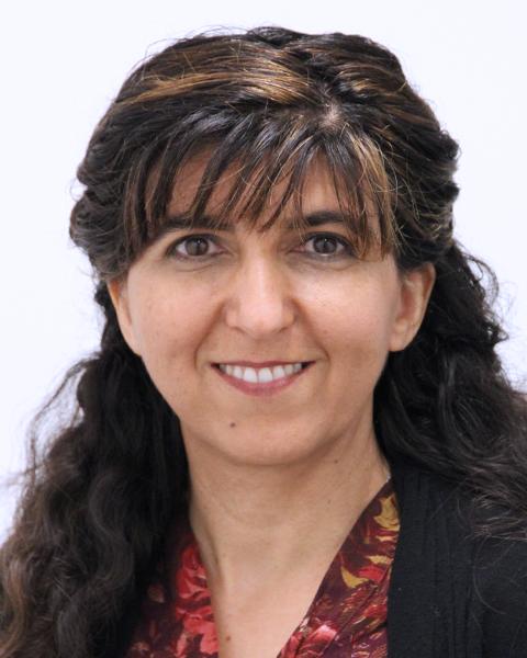 Kamelia Dousti